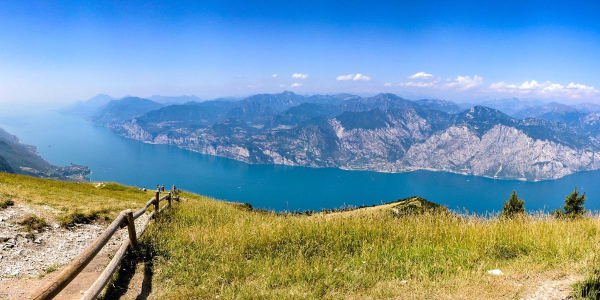 Urlaub am Gardasee Italien – Seeblick vom Monte Bondone